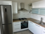 Kuchyň - bílá lesk